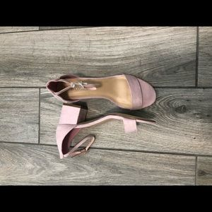 Shoedazzle CLARE ANKLE BLOCK HEEL